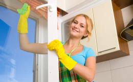 Women cleaning a window 3