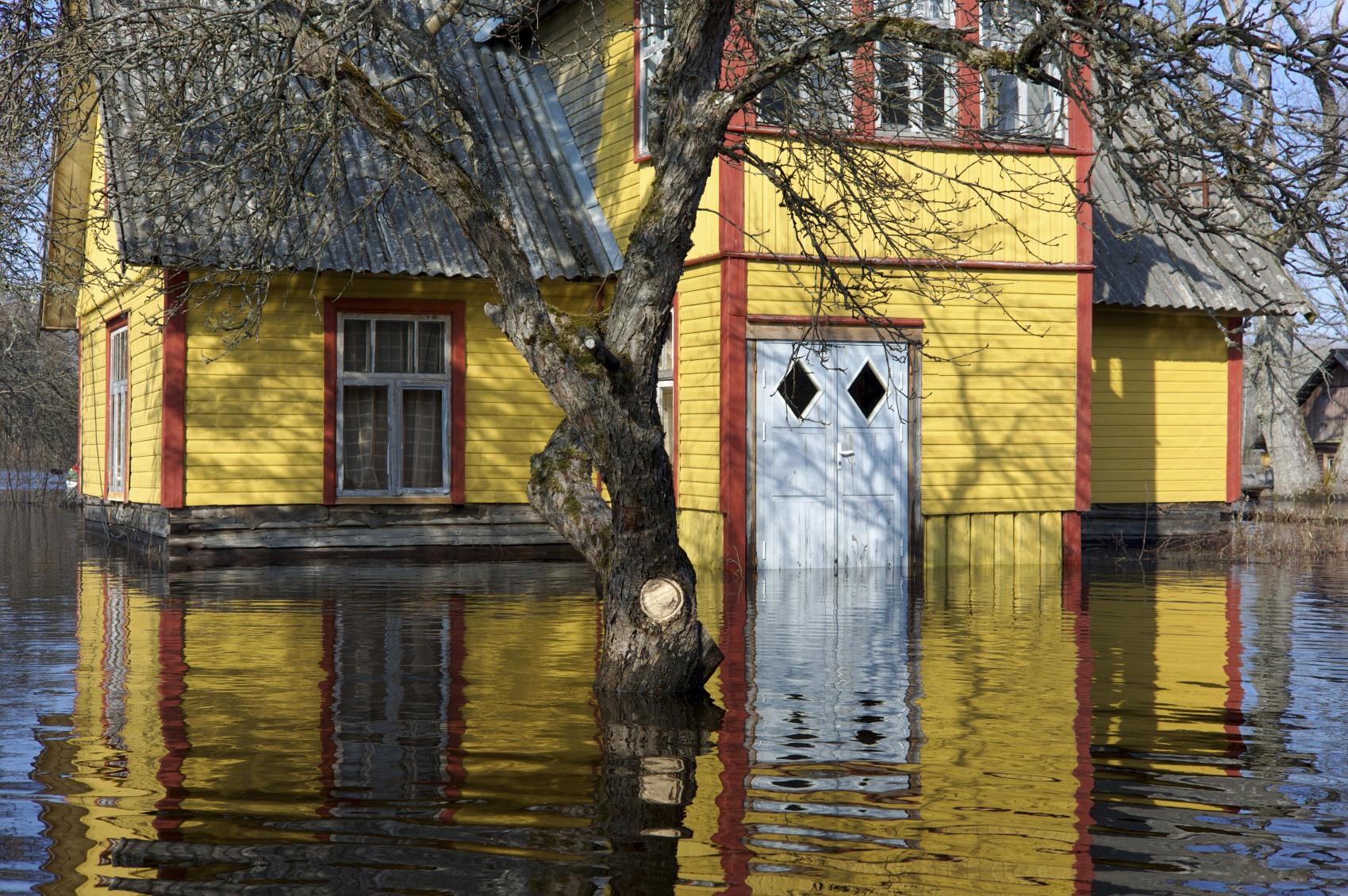 washing machine flooded house